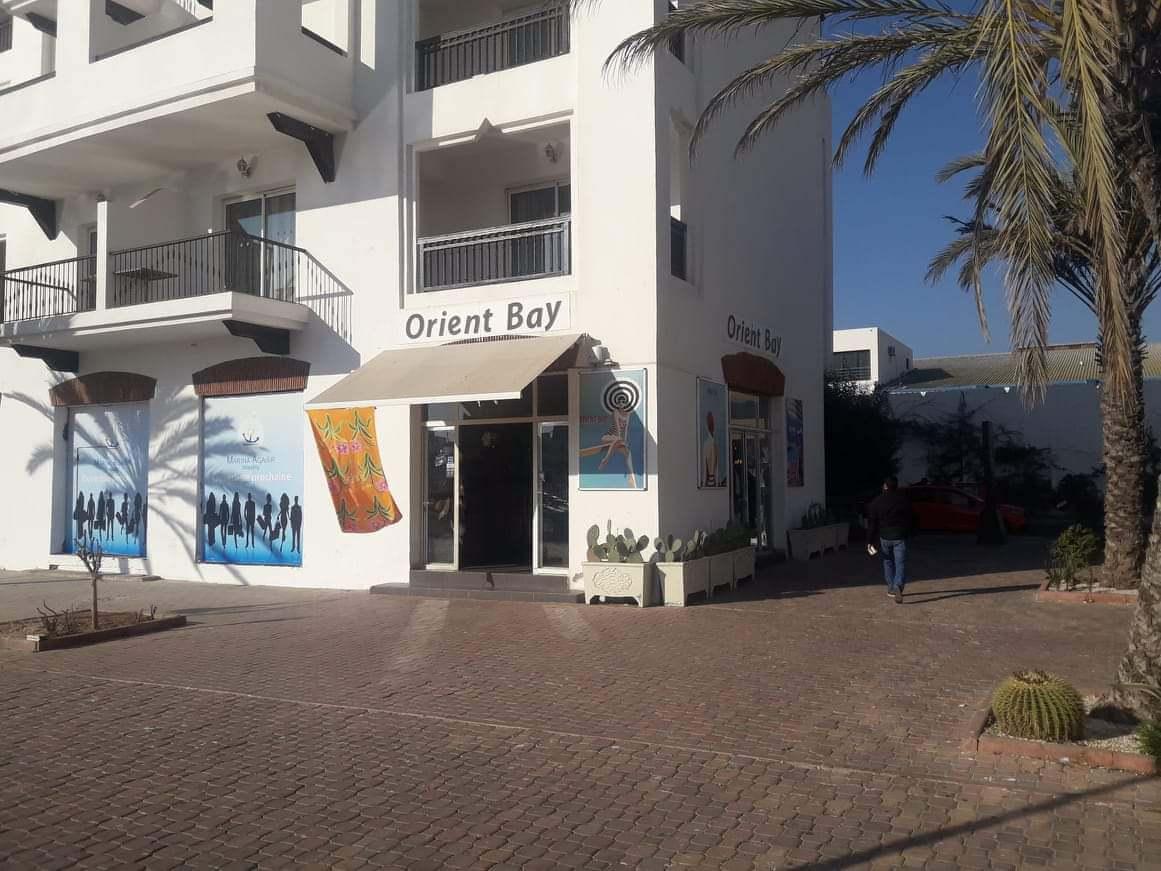 Boutique et magasin qui fait l'angle Marina Agadir