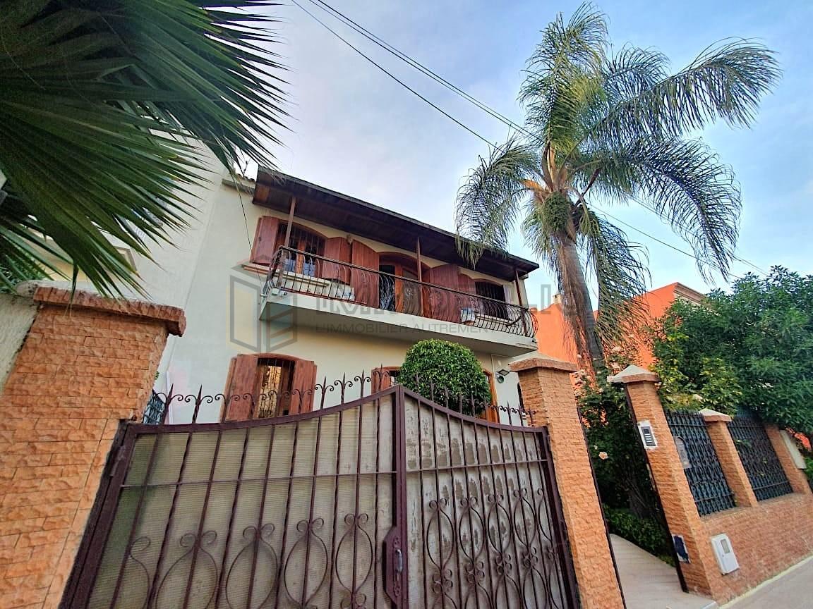Villa à vendre : Extérieur