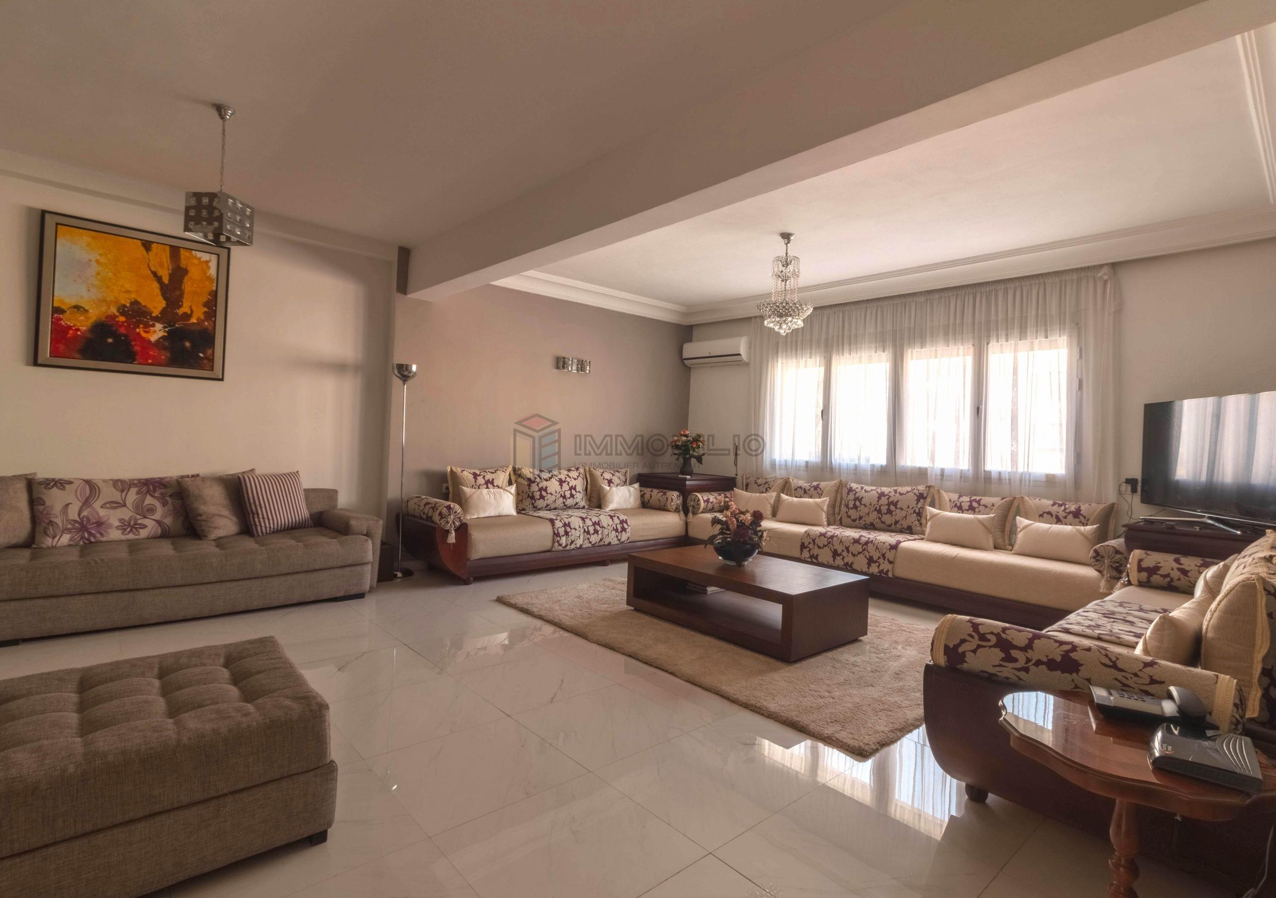 Espace Salon : Appartement à vendre au Maarif extension